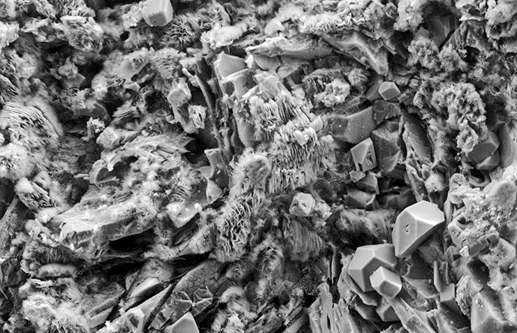 electron microscope image of clay