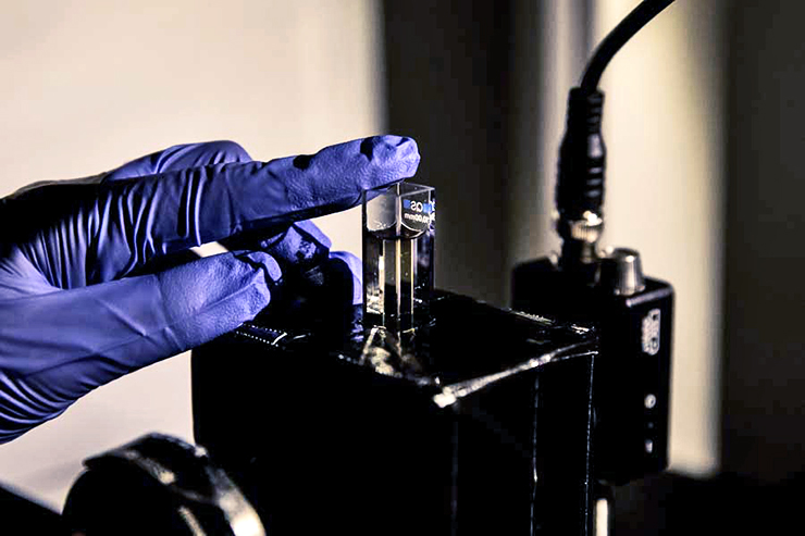 gel made up of chiromagnetic nanoparticles