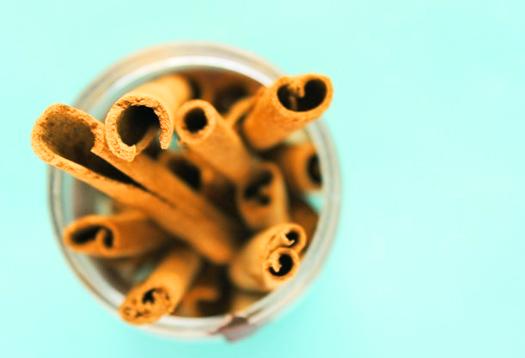 Can cinnamon prevent Alzheimer's tangles?