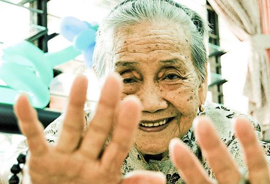 Poetry lets doctors see human side of dementia
