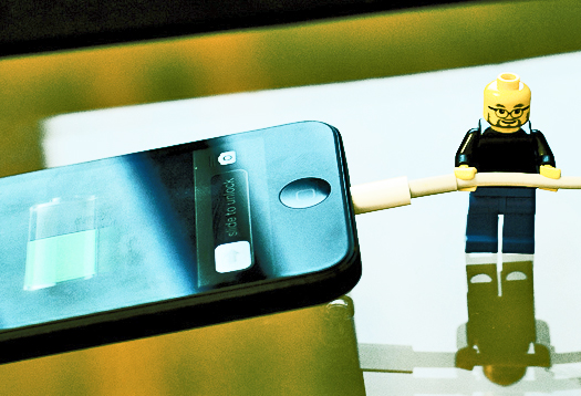 Chargers and apps open iPhones to attacks