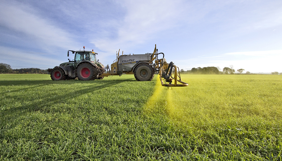 How farmers can reduce herbicide drift