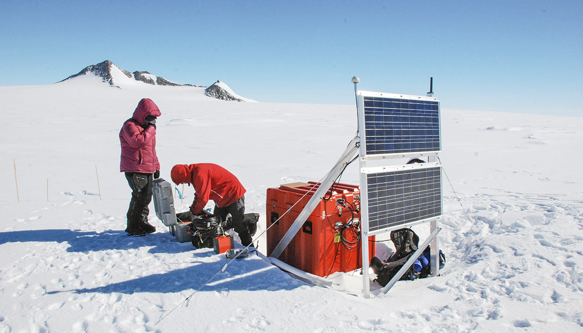 Antarctica's icequakes got their start in Chile