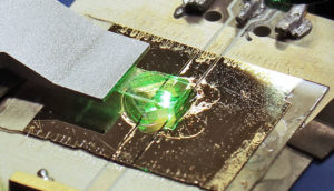 MRI diamond sensor chip