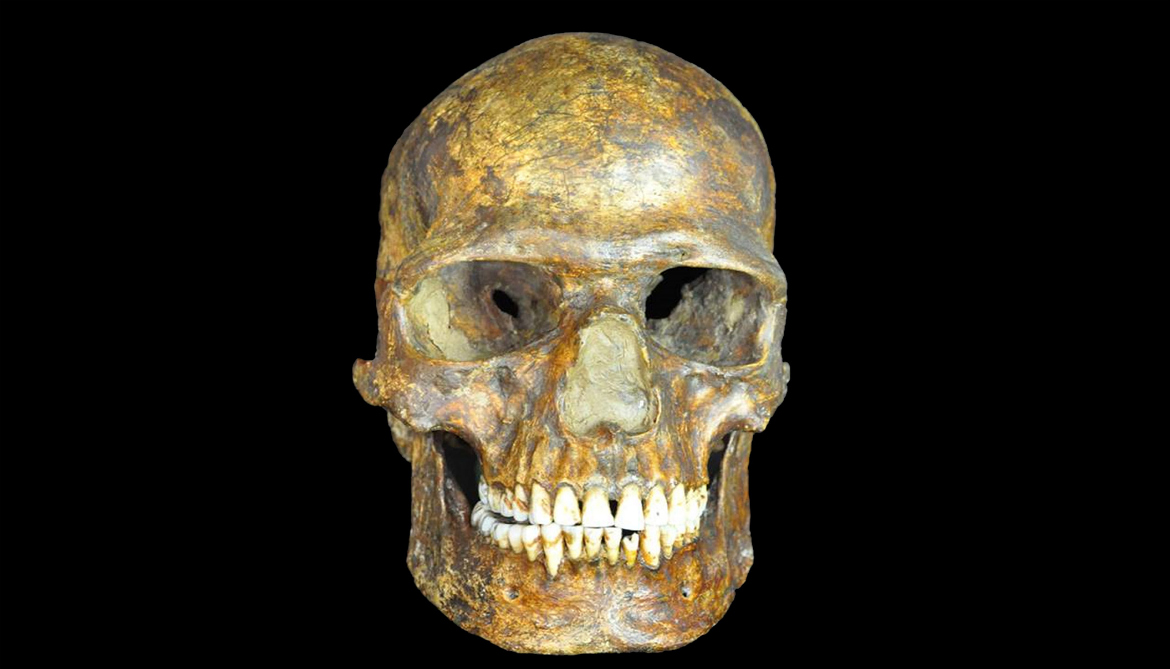 Humans and Neanderthals interbred 10,000 years earlier