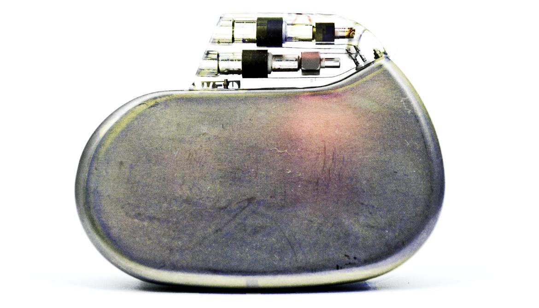 Bacteria build 'coat' for medical implants