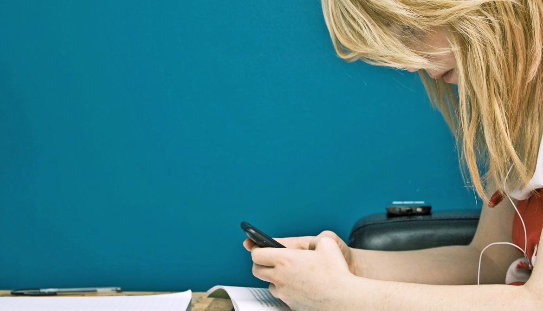 Multitasking, not Facebook, hurts freshman GPA
