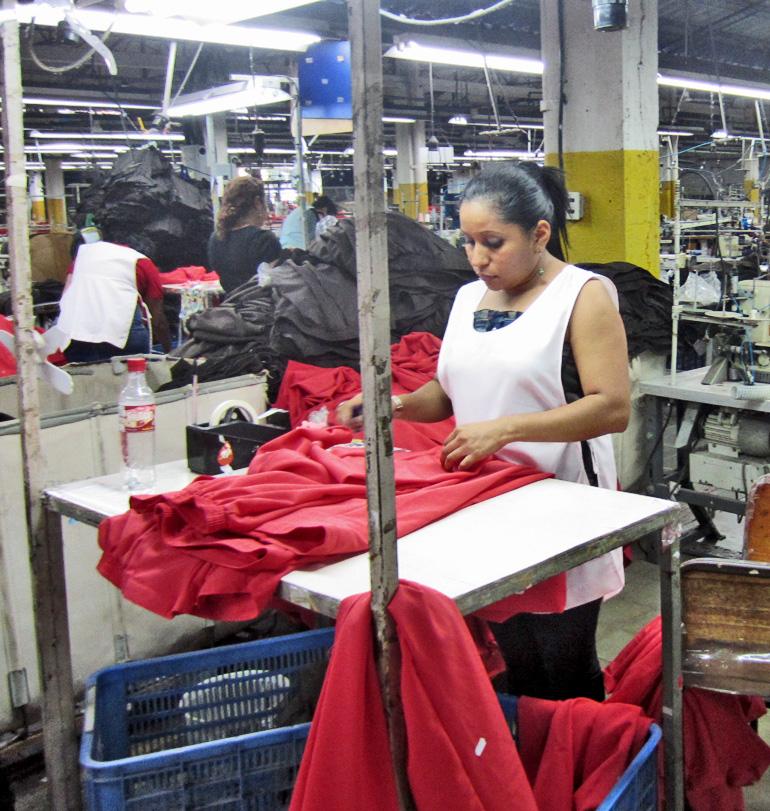 garment worker in El Salvador