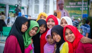 smiling women in Banda Aceh