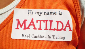 cashier name tag