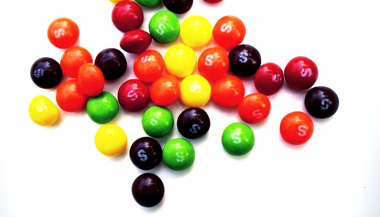 Skittle test: When do kids around the world say 'no fair'?