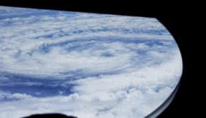 hurricane hunters: eye of hurricane eduoard