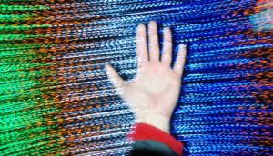 hand in spinning static