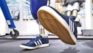 DURUS robot sneakers