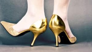 gold heels - fidgeting