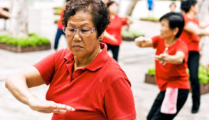 women doing tai chi