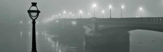 battersea bridge, London in fog