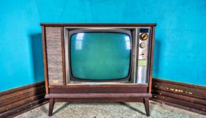 retro tv set blue walls