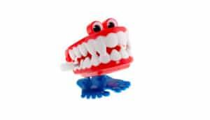 wind-up teeth toy