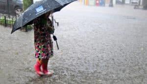 girl in flood