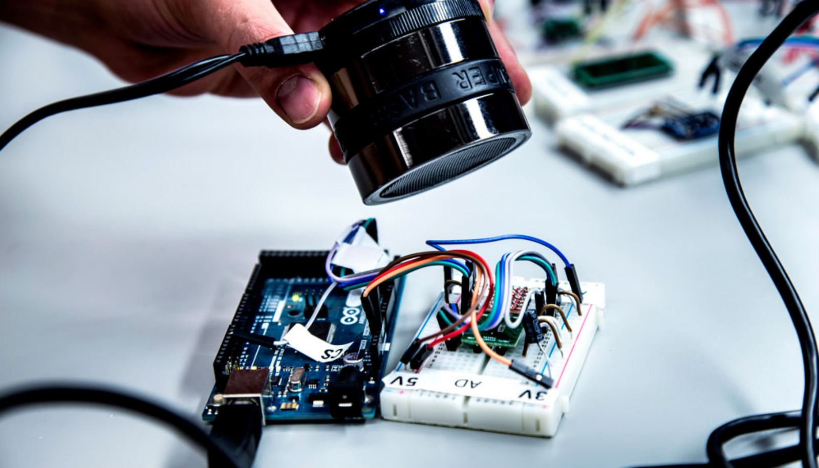 Scientists Can Hack Sensors In Cars And Phones With A 5 Speaker For Sound Sensor Alarm This Is The Circuit Futurity