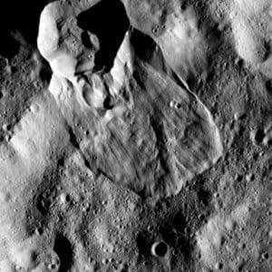 Ceres landslide type I