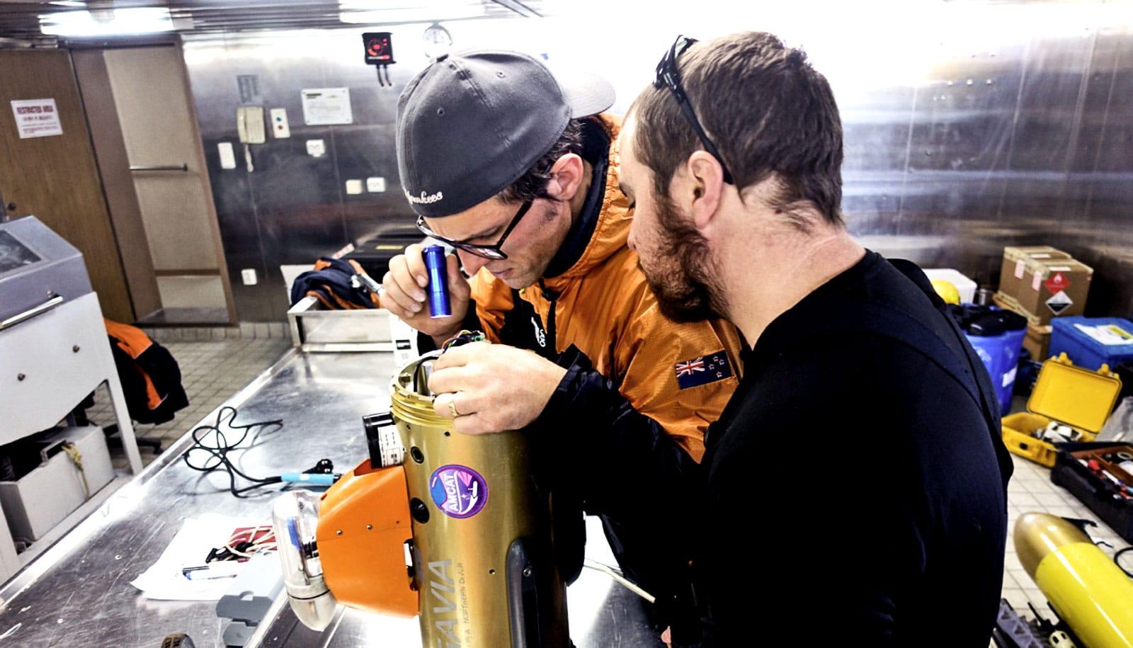 researchers repair robot