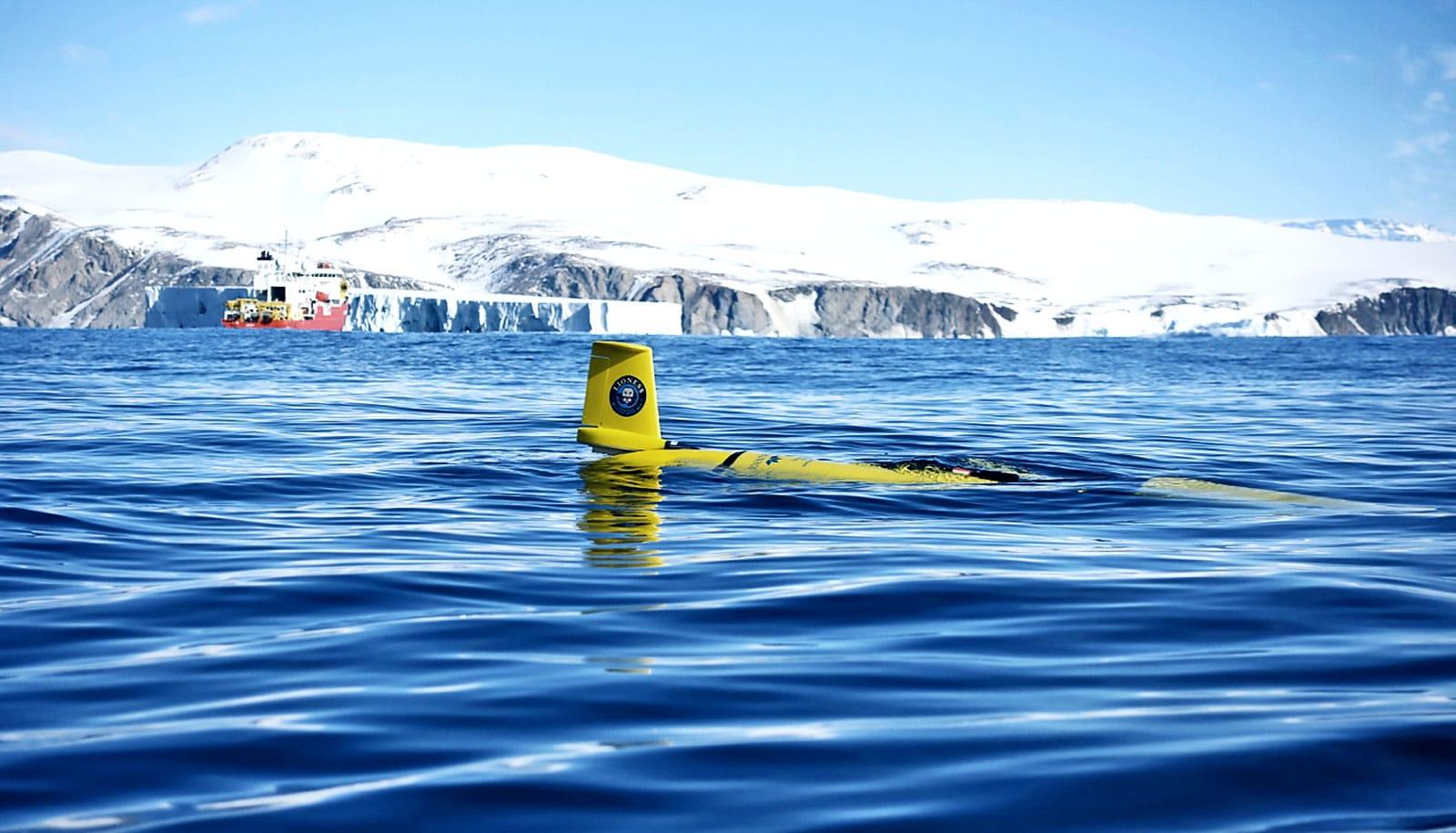 robot going underwater