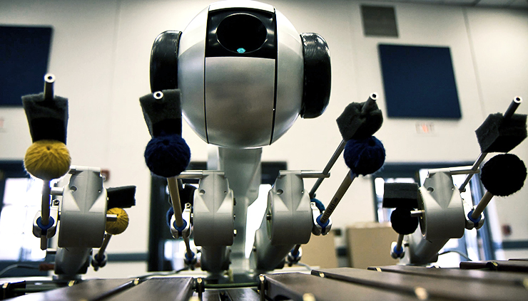 Shimon, the music-playing and composing robot