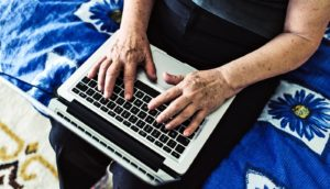 older woman does speed of processing training