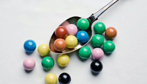 gumballs on a spoon (Rz piscium eating planets concept)