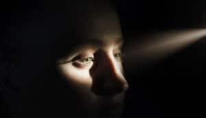 beam of light hits eyes - diabetic retinopathy