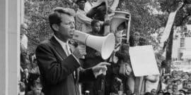 robert f. kennedy giving speech