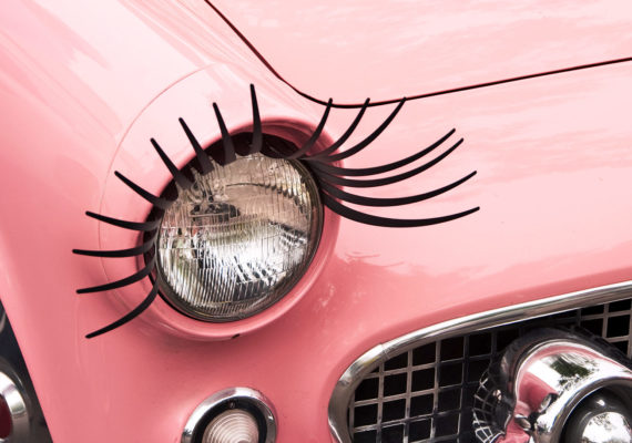 pink car with eyelashes (image recognition concept)