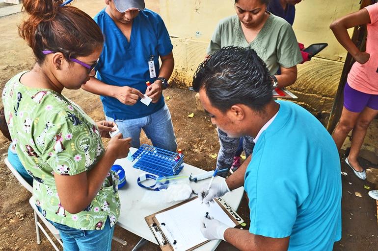 Nicaragua barrio and Lab