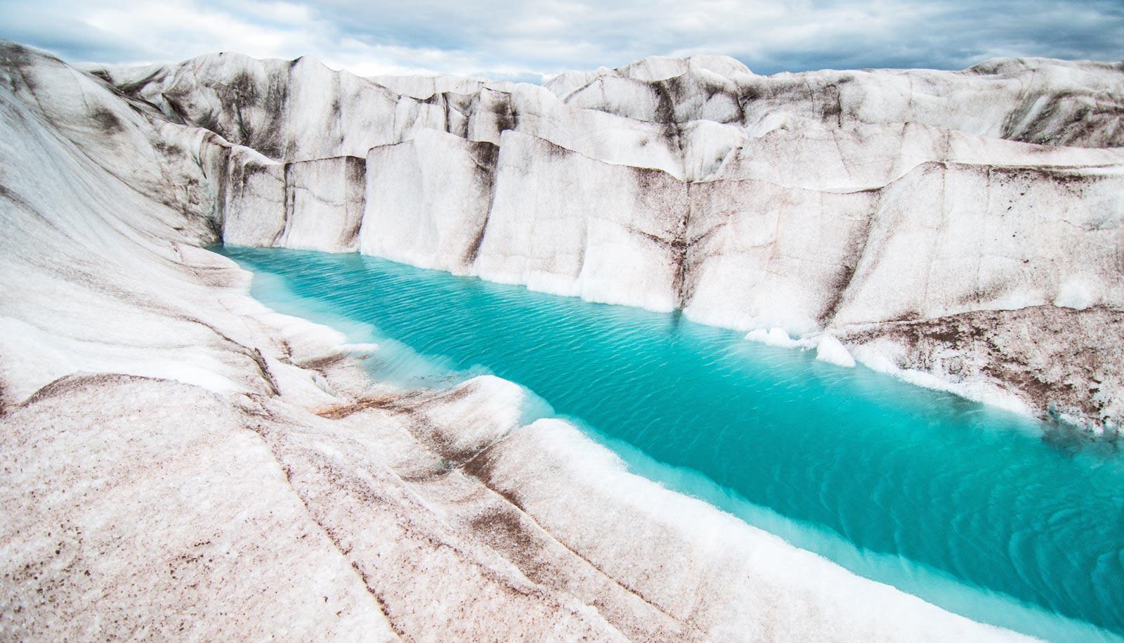 Team calculates volume of 215,000 glaciers