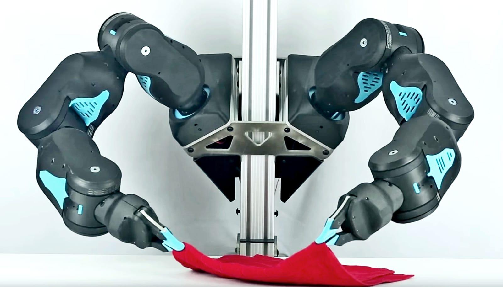 blue-robot-arms-folding_1600.jpg