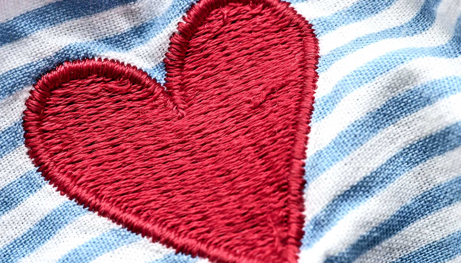 Sticky patch reduces damage after heart attack