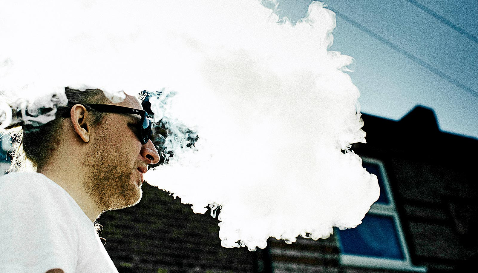 Most electronic cigarette users want to quit