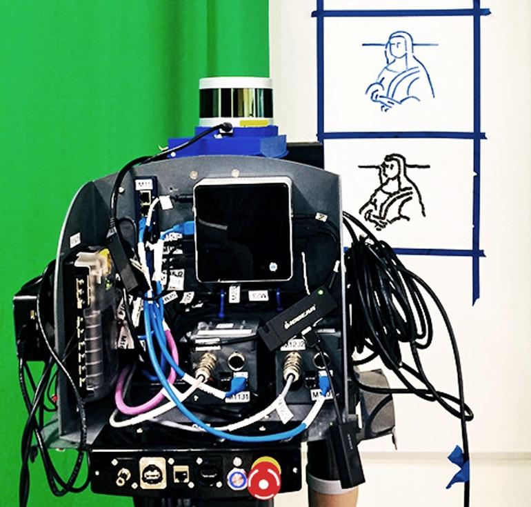 mona lisa sketch robot