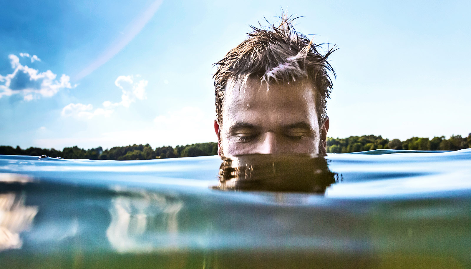 How to protect yourself from flesh-eating bacteria this summer
