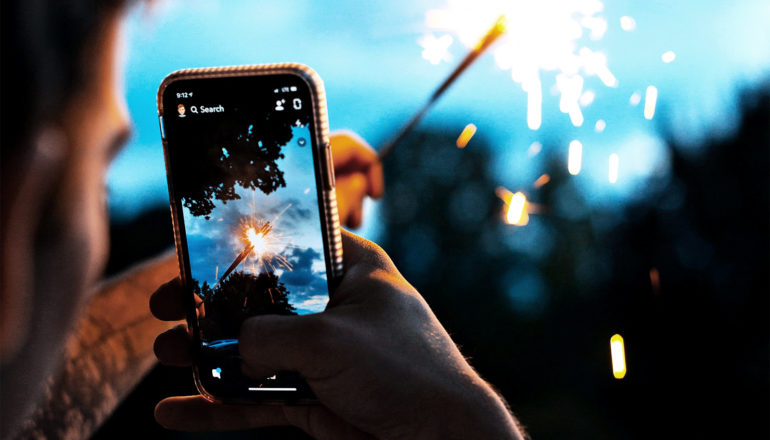 taking sparkler picture with phone (2D materials concept)
