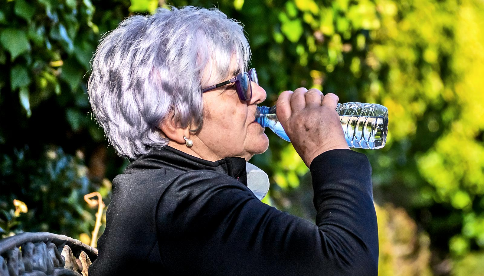 Too little (or too much) water may affect older women's cognition