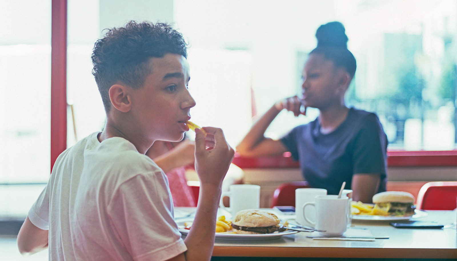 Fighting more likely for teen boys who witness gender violence