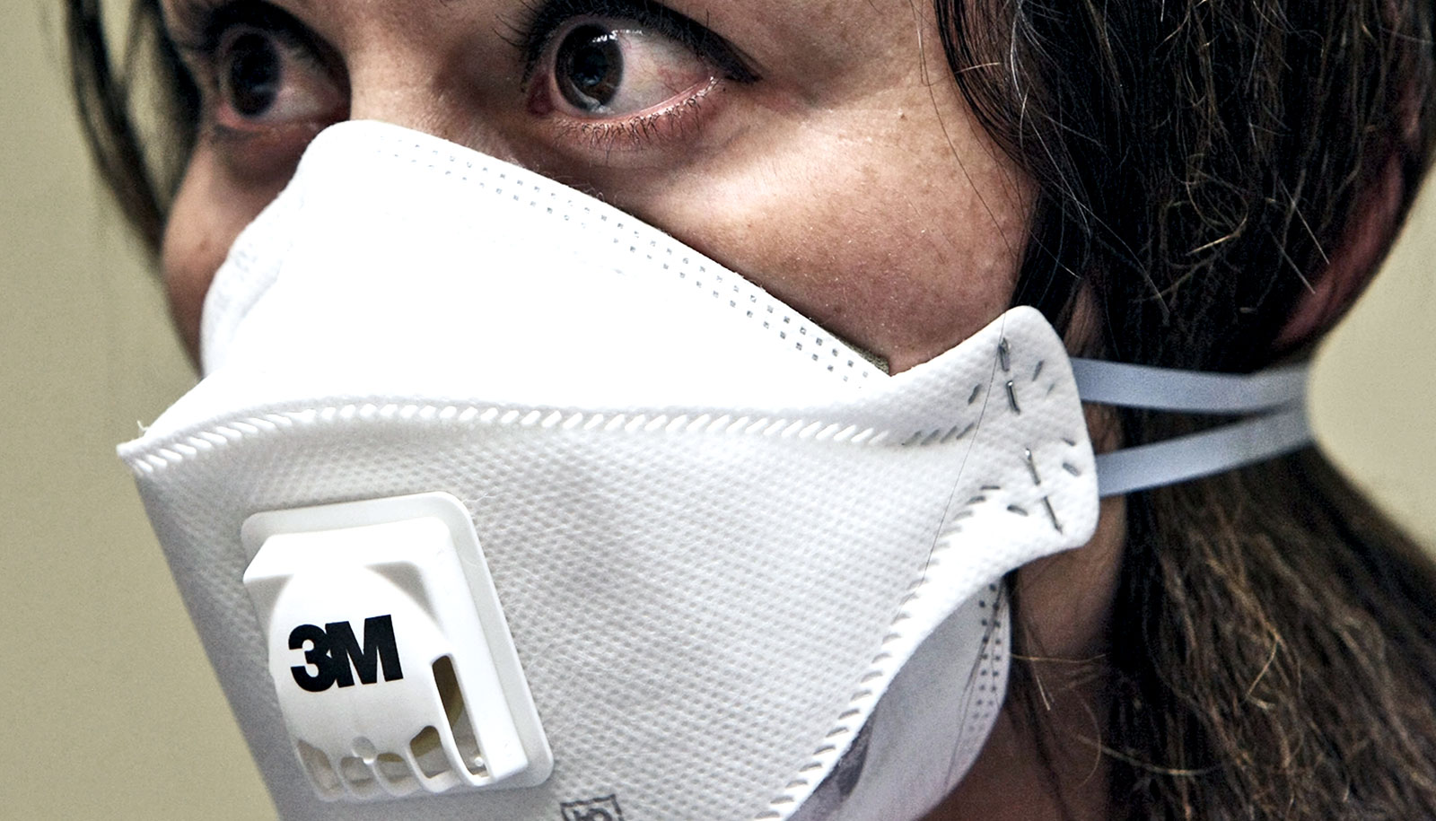 Decontamination extends life of critical N95 face masks ...