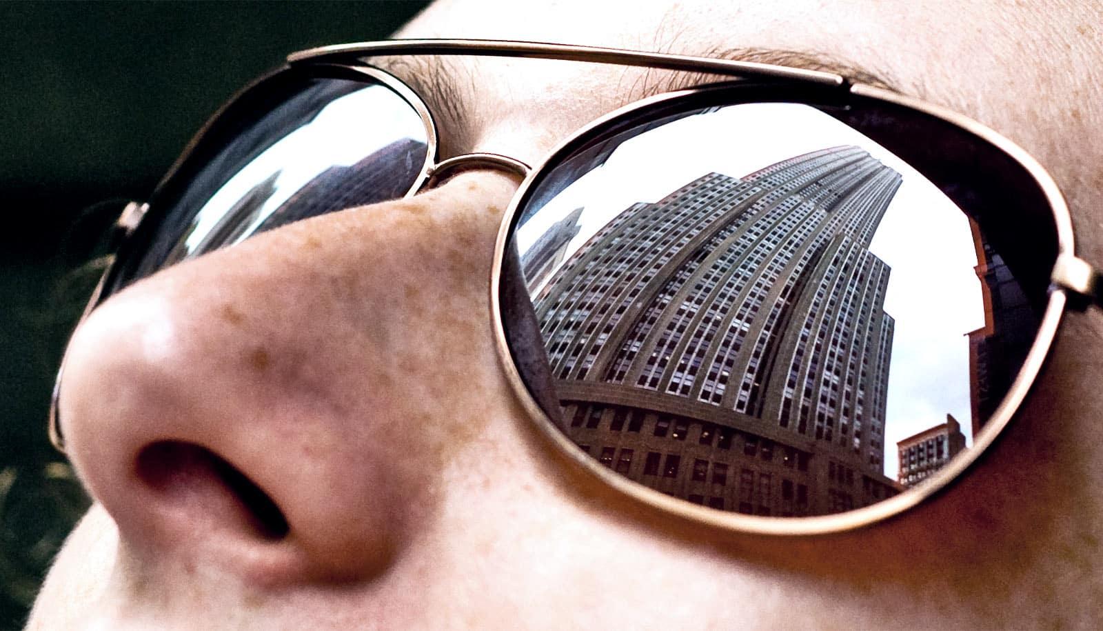 New material avoids AR/VR glasses 'bug eyes'